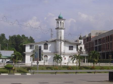 masjid-guchil-kuala-krai
